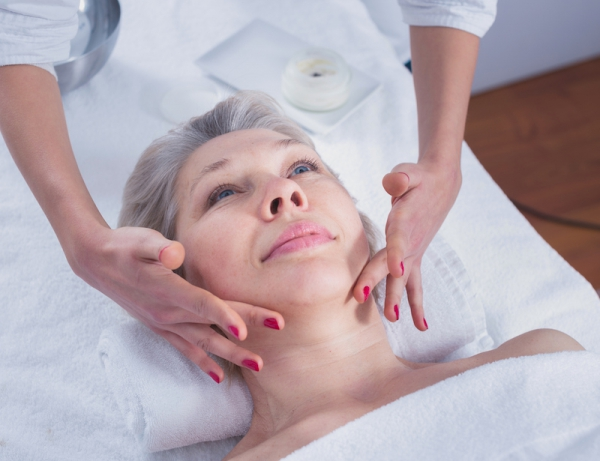 Trattamento viso - anti age con Studio Skin Expert